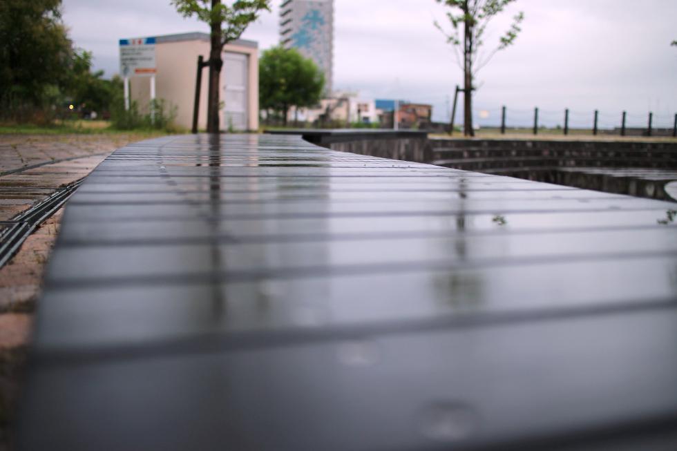 ブリックブロックがある西大分は台風の影響であいにくの雨